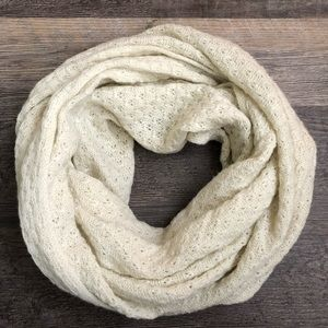 🌻Old Navy Infinity Scarf